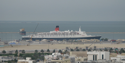 QE2 still in Dubai